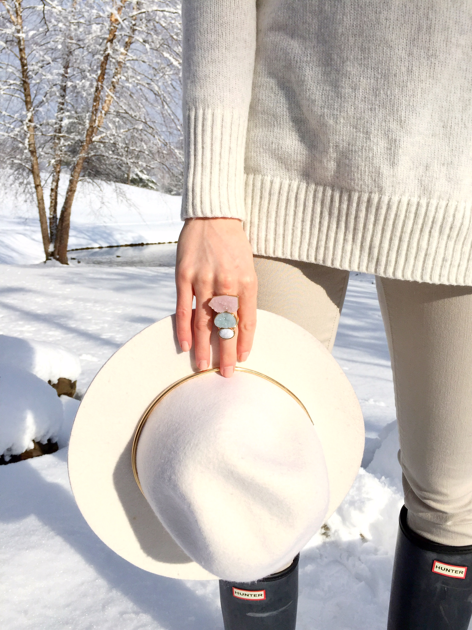 crystal marble and gold ring | floppy hat | hunter boots | winter white outfit idea