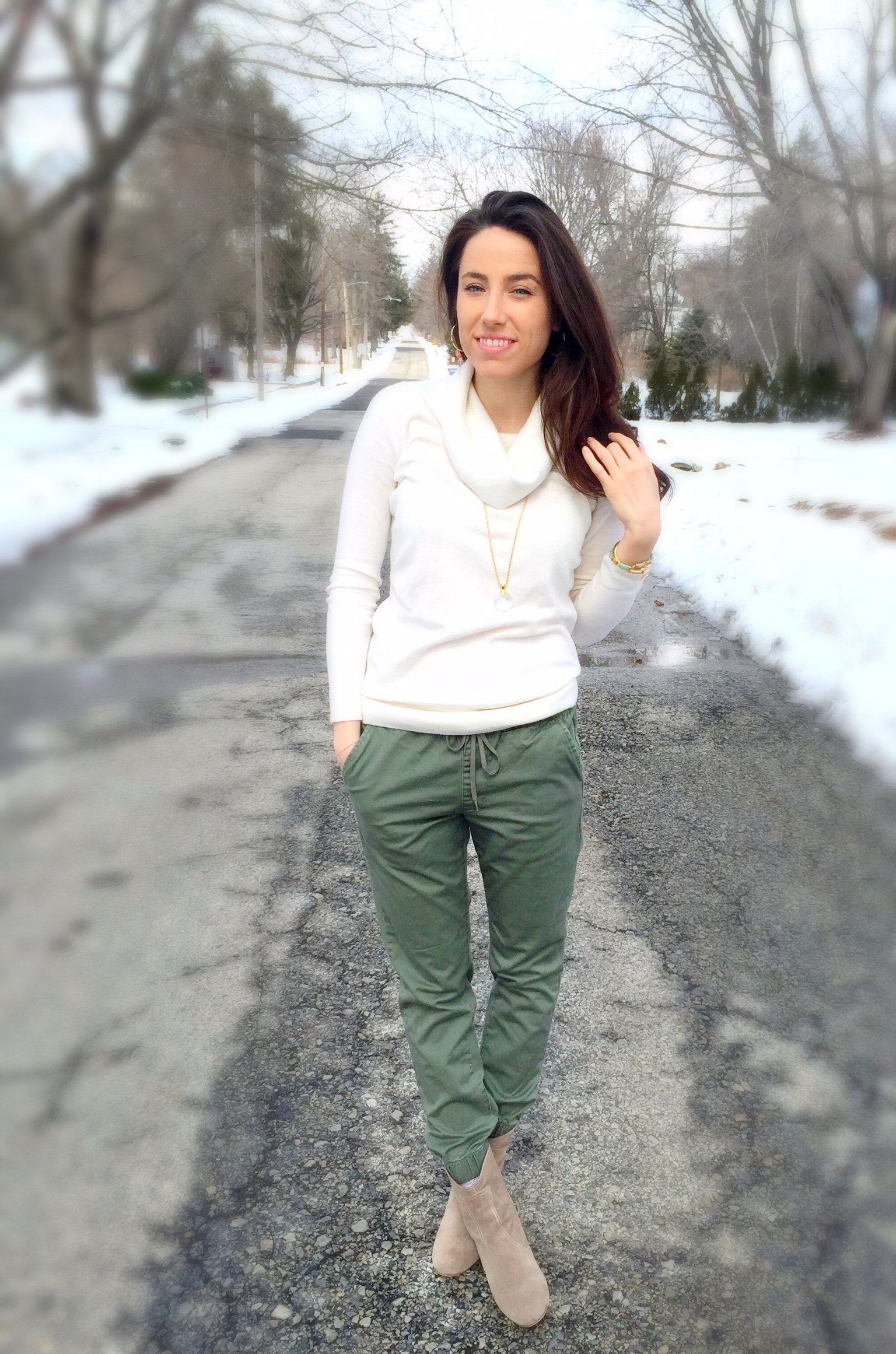 Spring Fashion Trends | Joggers | Outfit Ideas