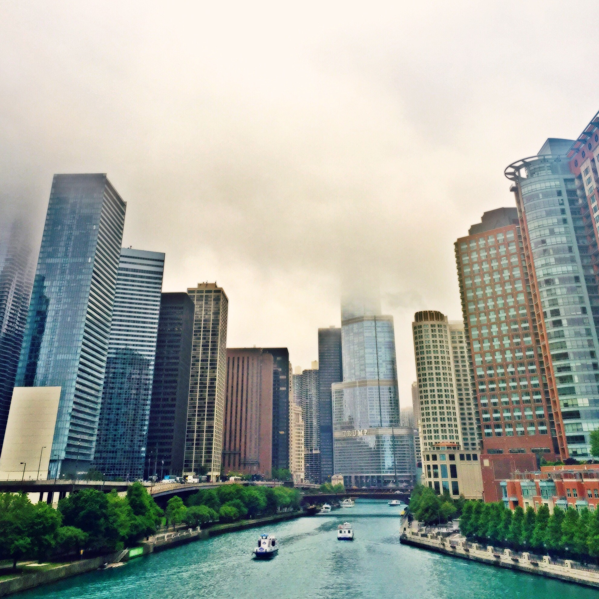 Chicago River on a dreary day