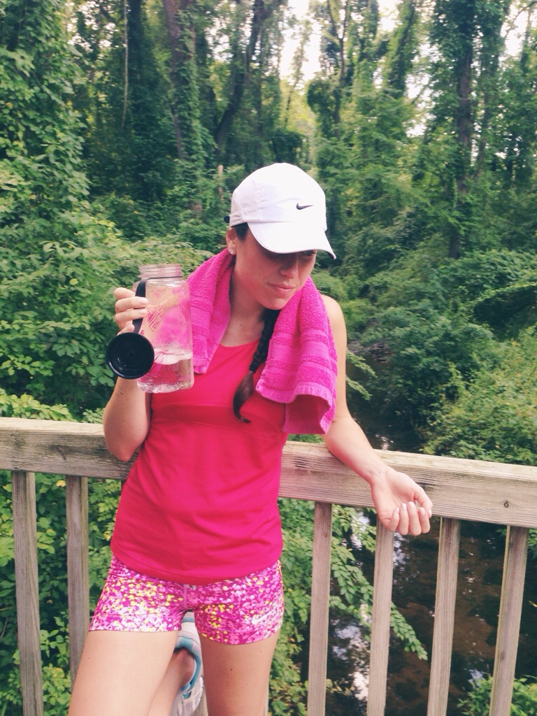 nike pro shorts | pink pattern | running outfit